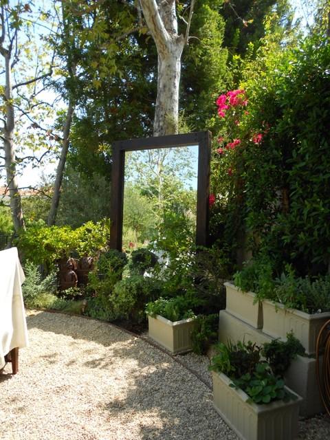 residential garden mediterranean-landscape