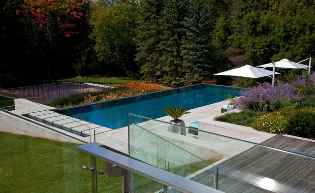 Residential home contemporary-landscape