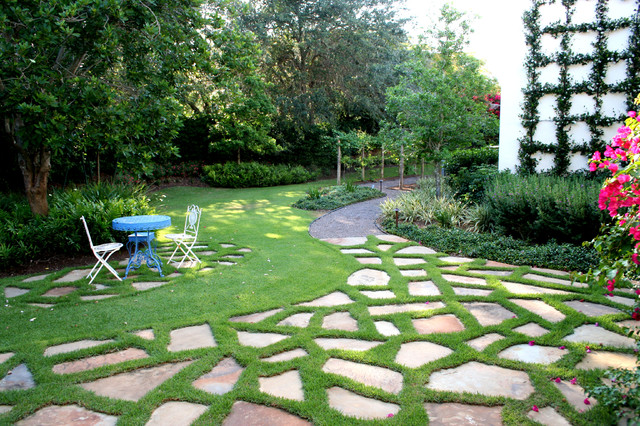Residential landscape architecture mediterranean for Residential landscaping