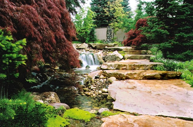 Residential traditional-landscape