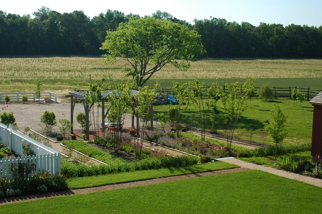 Restored Plantation House traditional-landscape