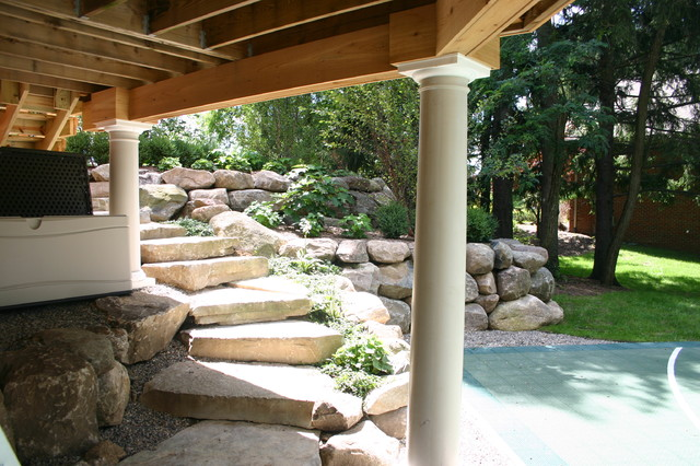 Retaining Walls traditional-landscape