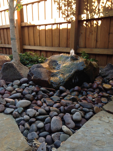 River rock beds natural hardscaping landscape dallas for River rock landscaping