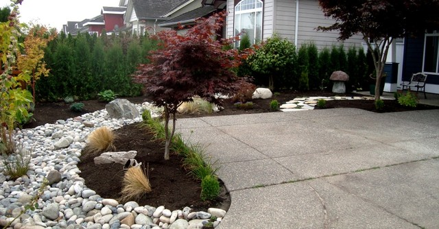 River rock landscape for River rock landscaping