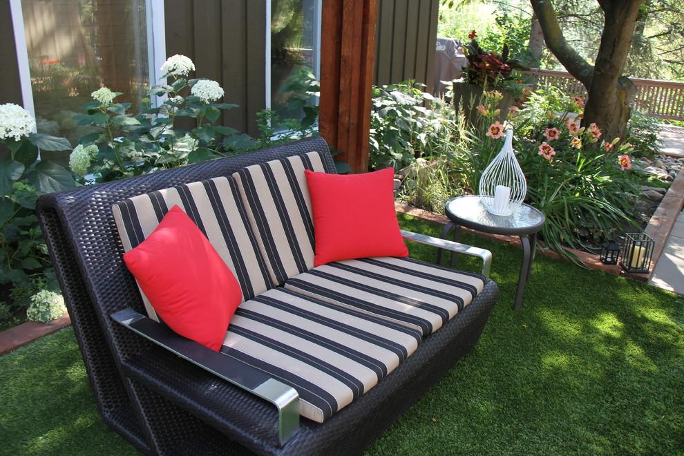 Riverside Courtyard - Traditional - Landscape - Edmonton ... on Riverside Outdoor Living id=12515