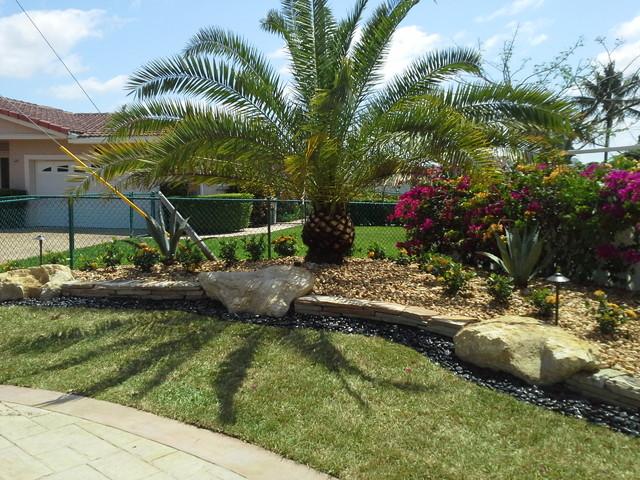 Rock wall tropical garden miami by broward for Landscaping rocks broward county