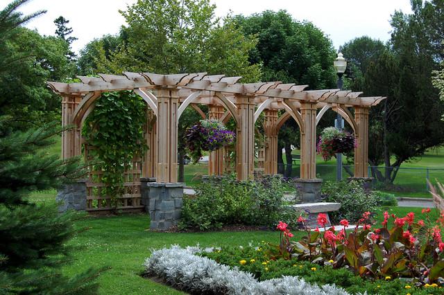 Rockway Gardens Traditional Landscape Toronto By Earthscape Landscape Design Build