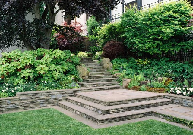 traditional landscape by Ron Herman Landscape Architect