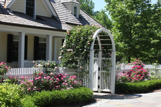 Rose Arbor Entry traditional landscape