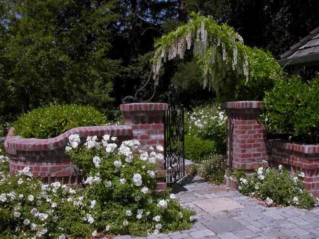Rose Garden traditional-landscape