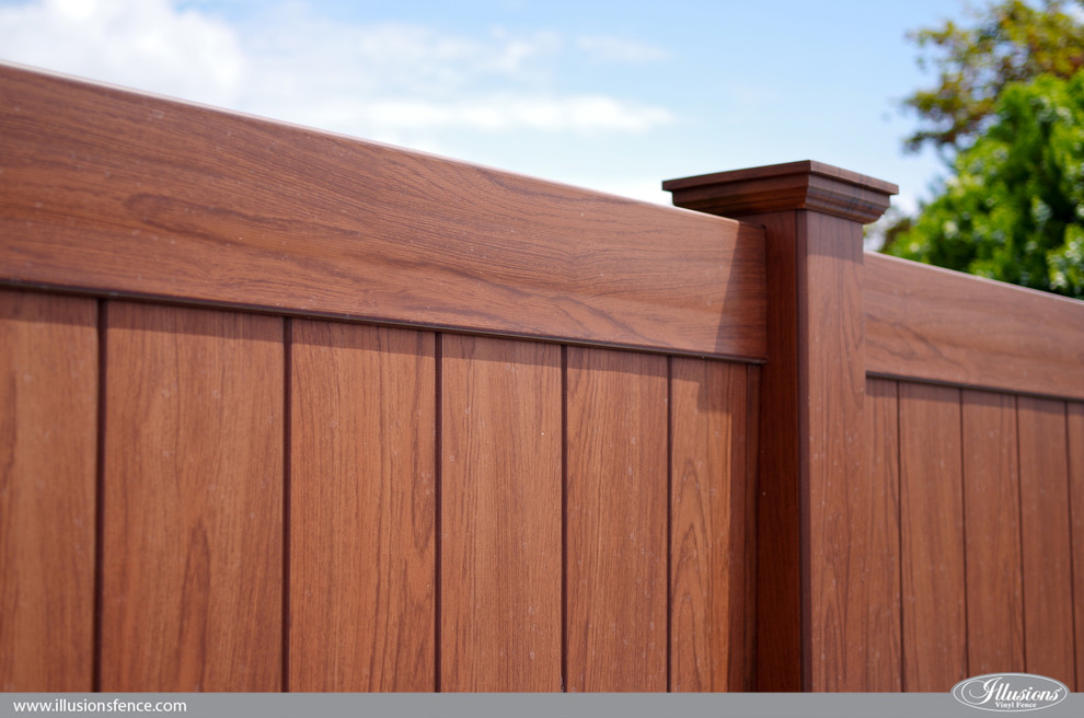 Rosewood PVC Vinyl Privacy Wood Grain Fence from Illusions ...