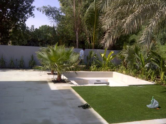 tropical lawn hotel