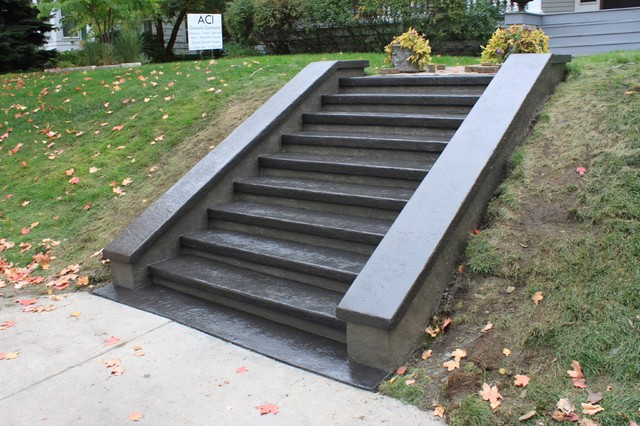 Saint Paul Steps With Cheek Walls And Caps
