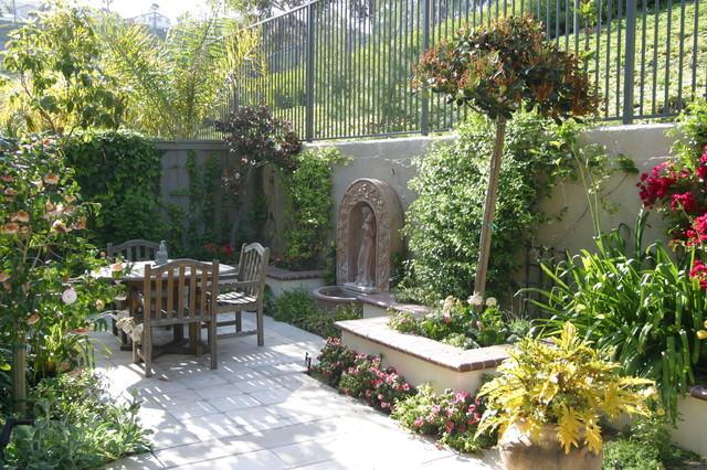 San Clemente Small Home 1 Mediterranean Garden