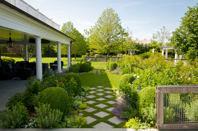 Design Ideas For A Traditional Backyard Formal Garden In New York.