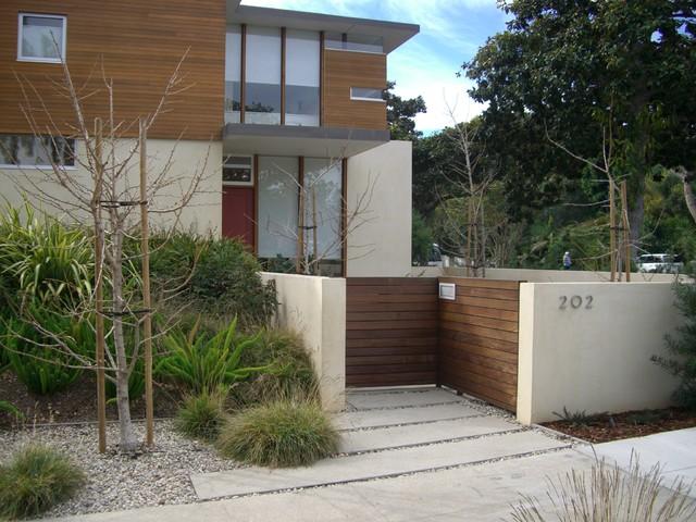 Santa Monica - Green Modern modern-landscape