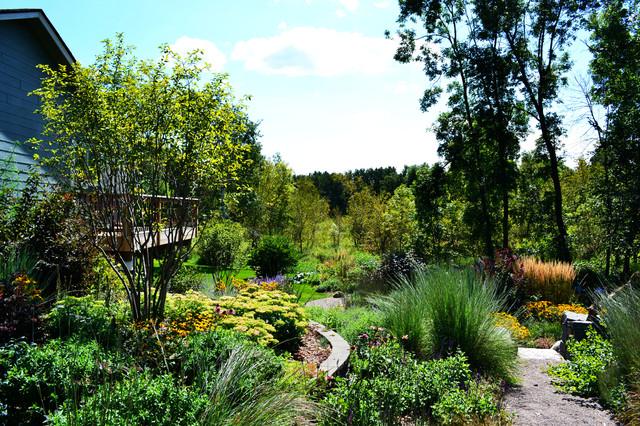 Schmidt Residence traditional-landscape