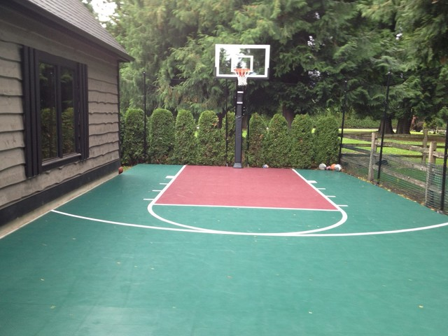 Scott W S Pro Dunk Gold Basketball System On A 20x25 In