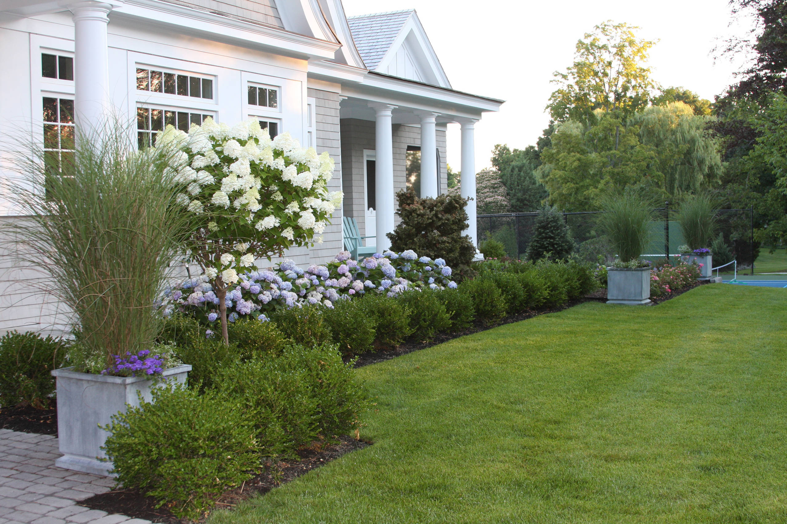 24 Beautiful Front Yard Landscaping Pictures & Ideas  Houzz