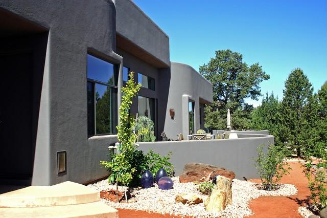 Sedona residence sedona arizona mediterranean for Arizona exterior house colors