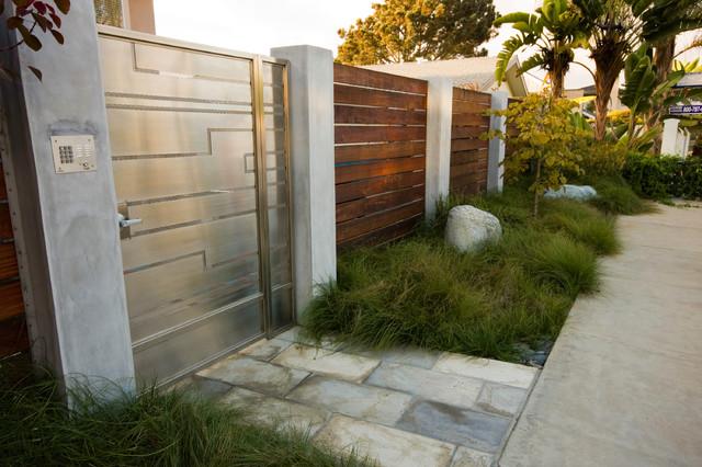 Modern Fence Ideas Backyard : Serene Backyard  Modern  Landscape  San Diego  by HamiltonGray