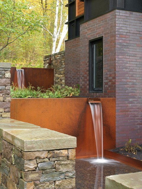 Shelburne Water Feature Contemporary Landscape