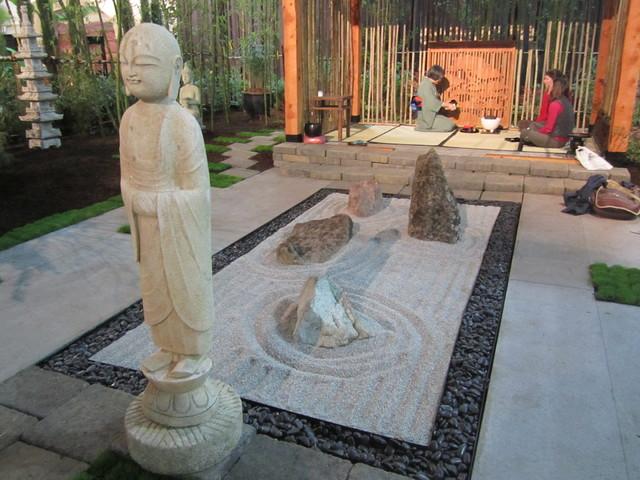 Show gardens asian-landscape