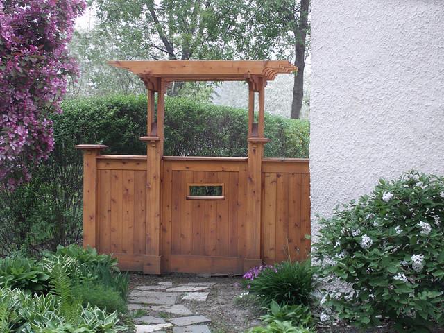 Side Yard Gate Traditional