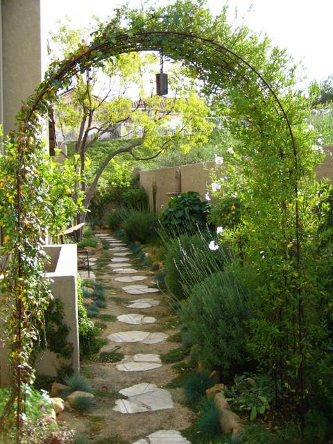 Side Yard Makeover by Shirley Bovshow of EdenMakersBlog.com mediterranean-garden
