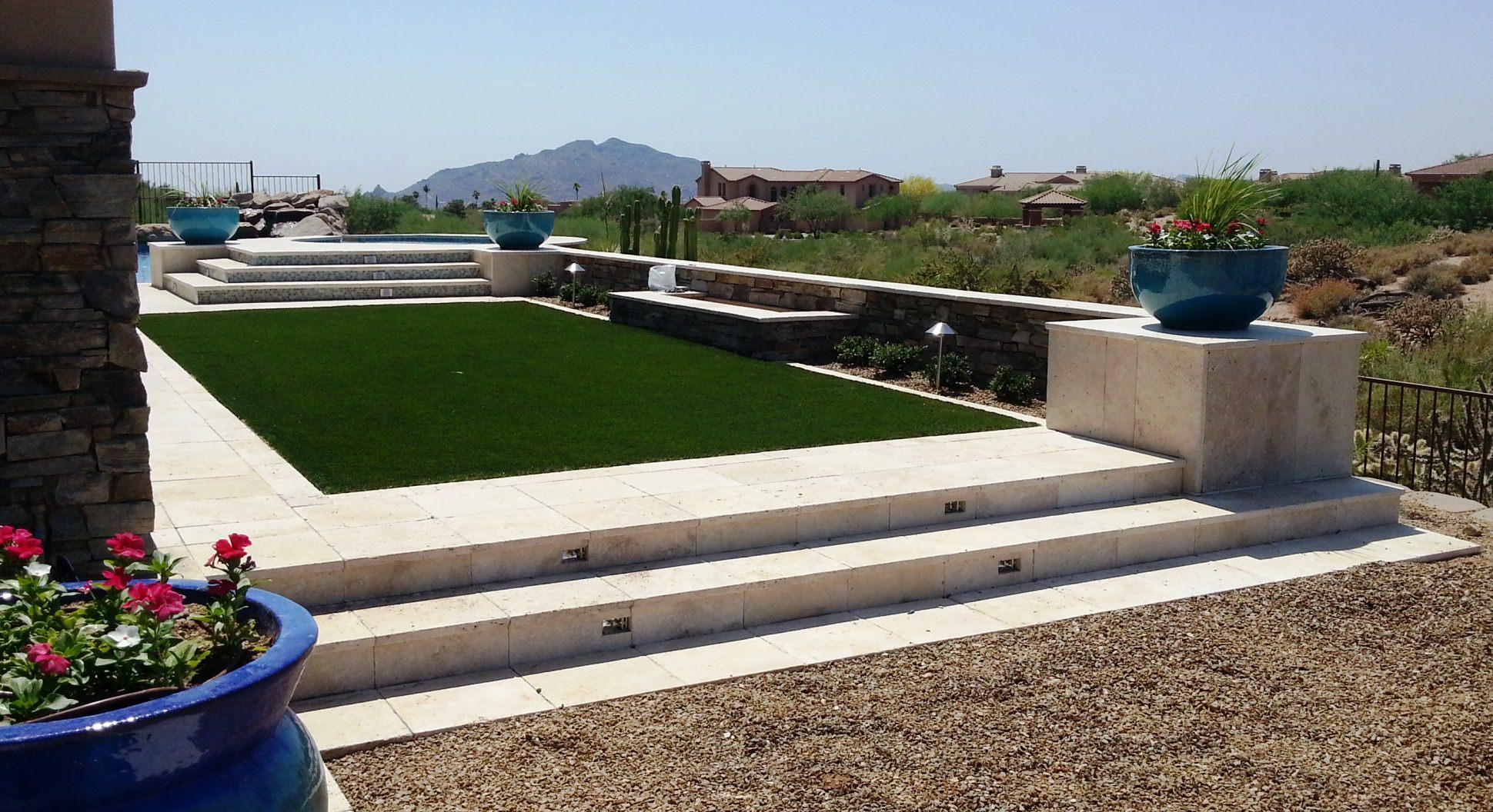 Sierra Norte--Synthetic Lawn