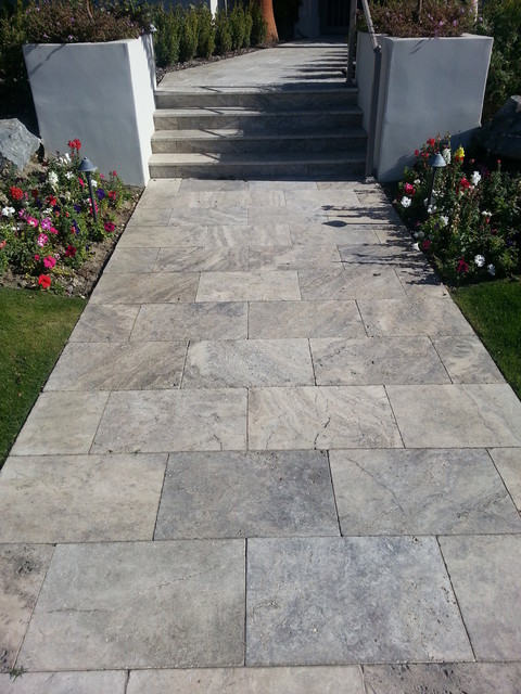 Silver 16x24 Travertine Landscape Pavers Walkway And