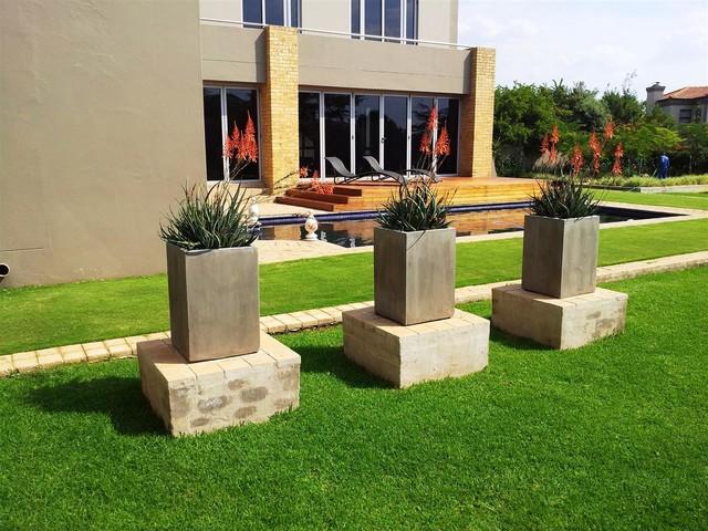 Silver Lakes Estate, Pretoria modern-landscape