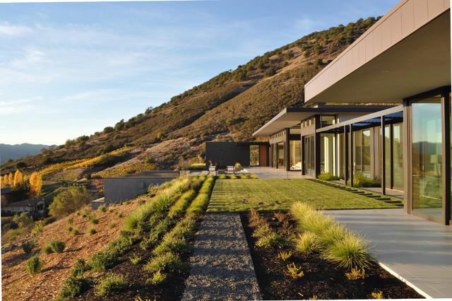 Silverado modern landscape san francisco by huettl for San francisco landscape architecture