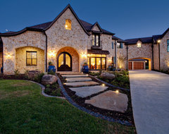Silvermist - Flower Mound, TX traditional landscape