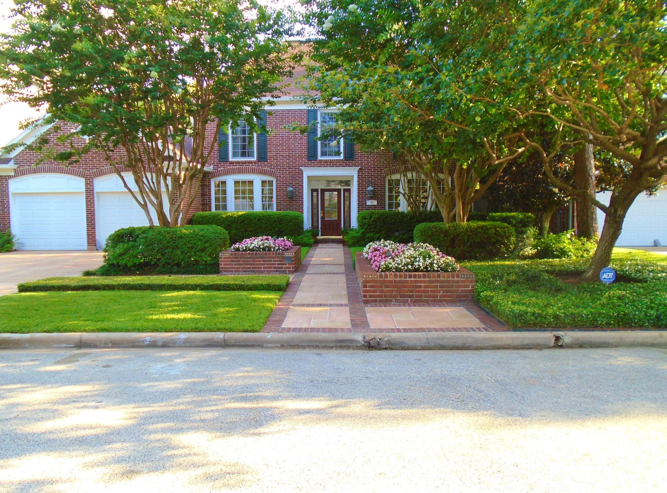 Single Family Dwelling in Highland Village