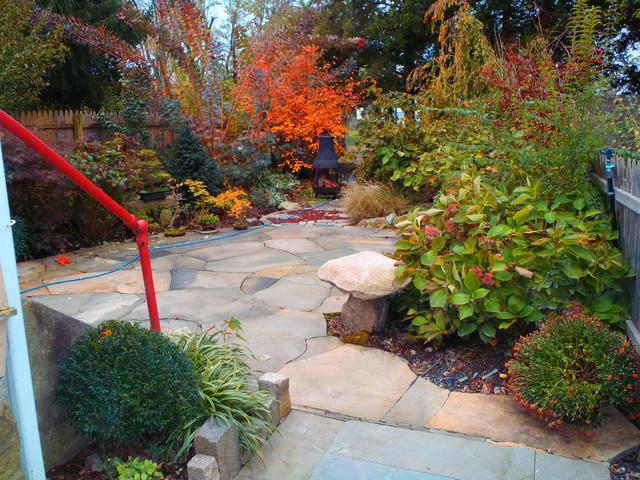 Small Backyard Landscape - Eclectic - Landscape ...