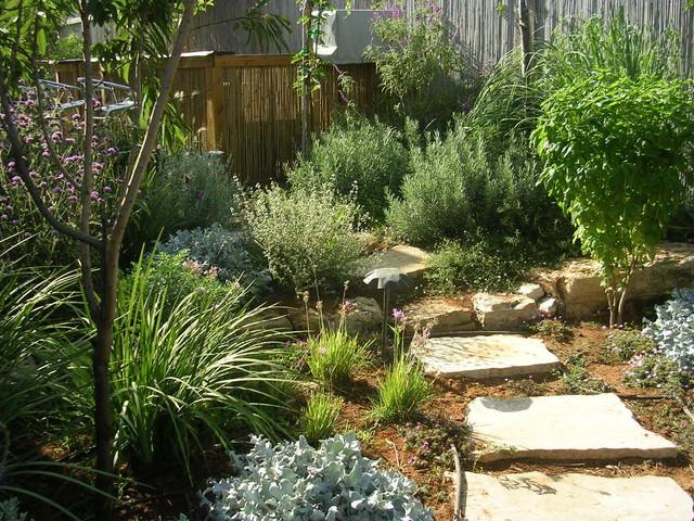 Small Calm Garden