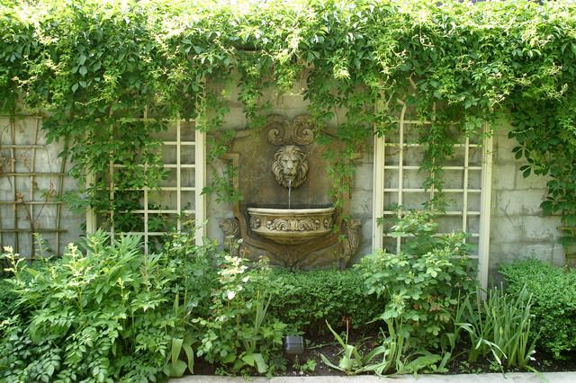 Small English Garden Traditional Landscape Toronto