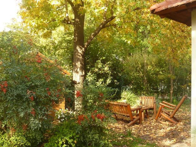 Small rural garden mediterranean-landscape