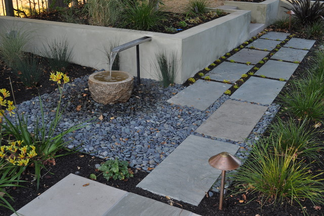 Small water feature asian landscape san francisco for Houzz landscape architects