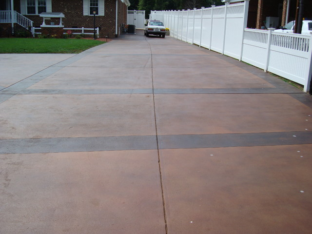 Smith Stain Driveway 4,000 Feet Reidsville, NC contemporary-landscape