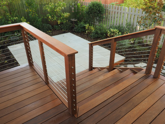 Smolski Ipe Deck With Stainless Steel Cable Railing