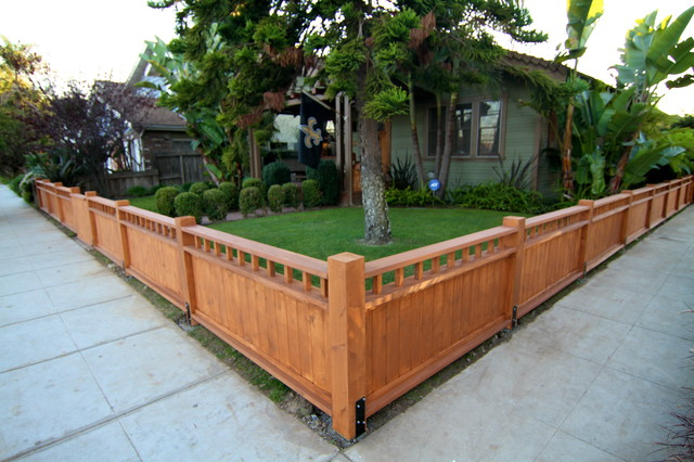 Solid craftsman 2 craftsman landscape los angeles for Front garden fence designs