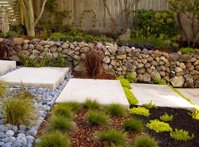 Sonoma BV entry modern-landscape