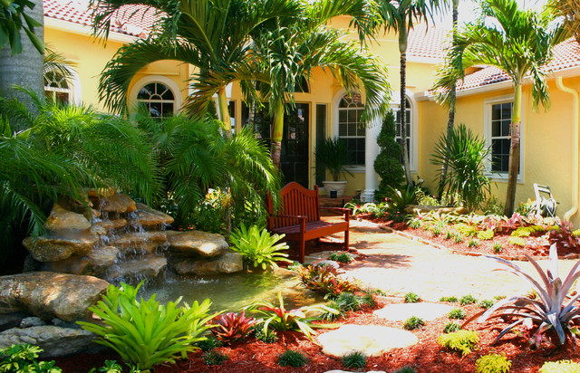 South florida landscaping tropical landscape miami for Tropical landscape design