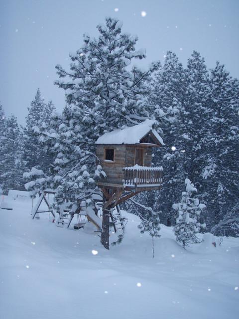 South Spokane Valley Lodge traditional-garden