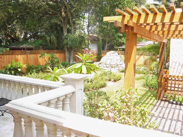 South tampa mediterranean terrace mediterranean for Landscape design tampa