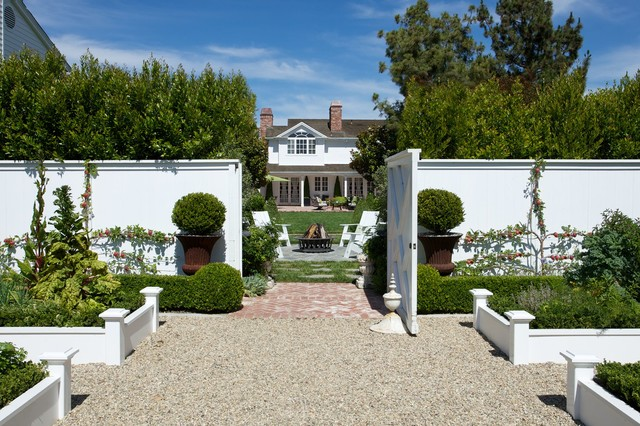 Southern California Homes traditional-landscape