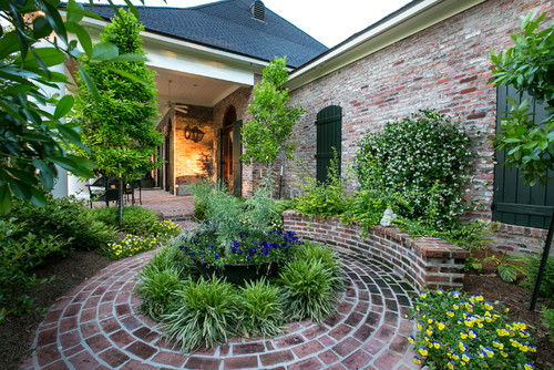 Cozy courtyard gardens tms architects for Home garden design houzz