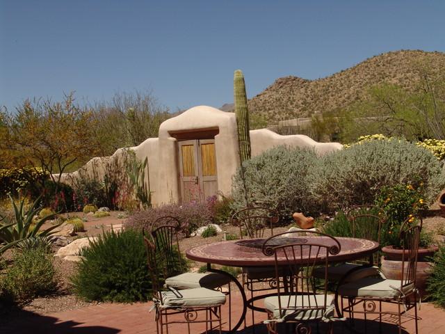 Desert Retreat southwestern-landscape